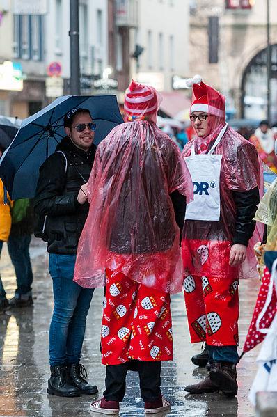 Kölner Karneval 2016 im Regen. Bildlizenz: Creative Commons CC-BY-2.0